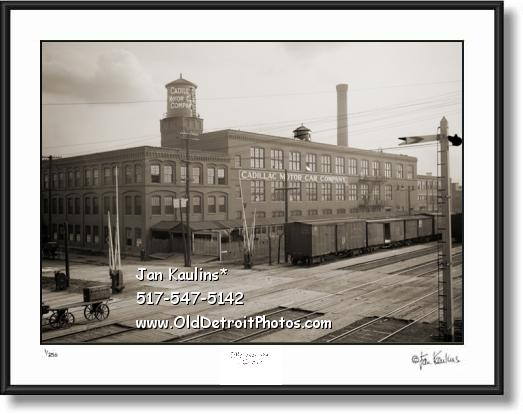 Click on this image to see an enlarged view of CADILLAC MOTOR COMPANY old photo print.