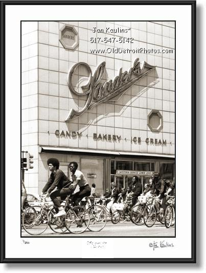 Click on this image to see an enlarged view of SANDERS Detroit chocolate ice cream photo print.