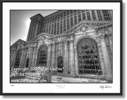 Click on this image to see an enlarged view of MICHIGAN CENTRAL STATION black & white art.