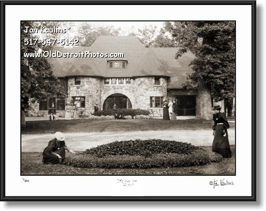 Click on this image to see an enlarged view of BELLE ISLE POLICE STATION Detroit 1915 photo.