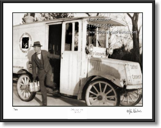 DETROIT CREAMERY TRUCK photo picture 1915