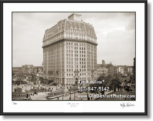PONTCHARTRAIN HOTEL Vintage Detroit Photo